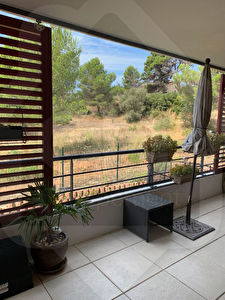 A VENDRE Appartement 78 m2, grande terrasse et place de parking
